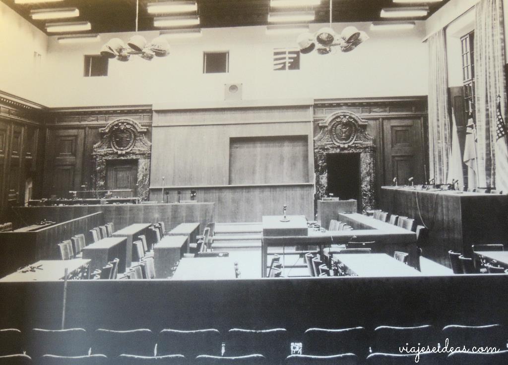 Los juicios de n remberg visita a un lugar hist rico for Sala 600 nuremberg